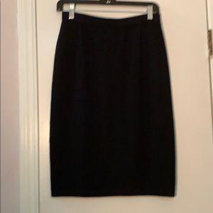 St John Basics by Marie Gray Black Knit Skirt 6
